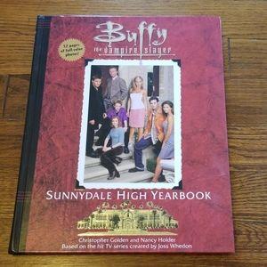 Buffy The Vampire Slayer Yearbook